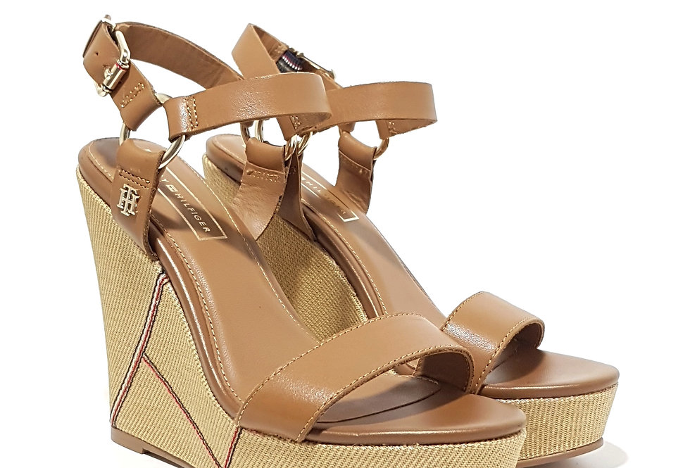 TOMMY HILFIGER ELEVATED LEATHER WEDGE SANDAL FW0FW03943-929