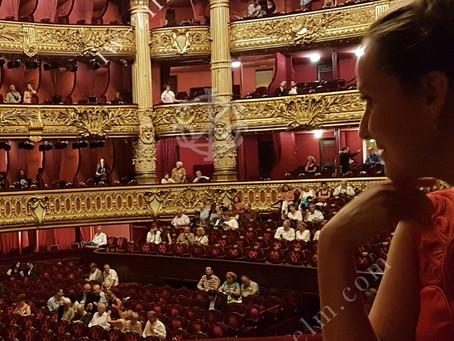 A Life-Changing Visit to the Paris Opera      ~       Ein lebensverändernder Besuch der Pariser Oper