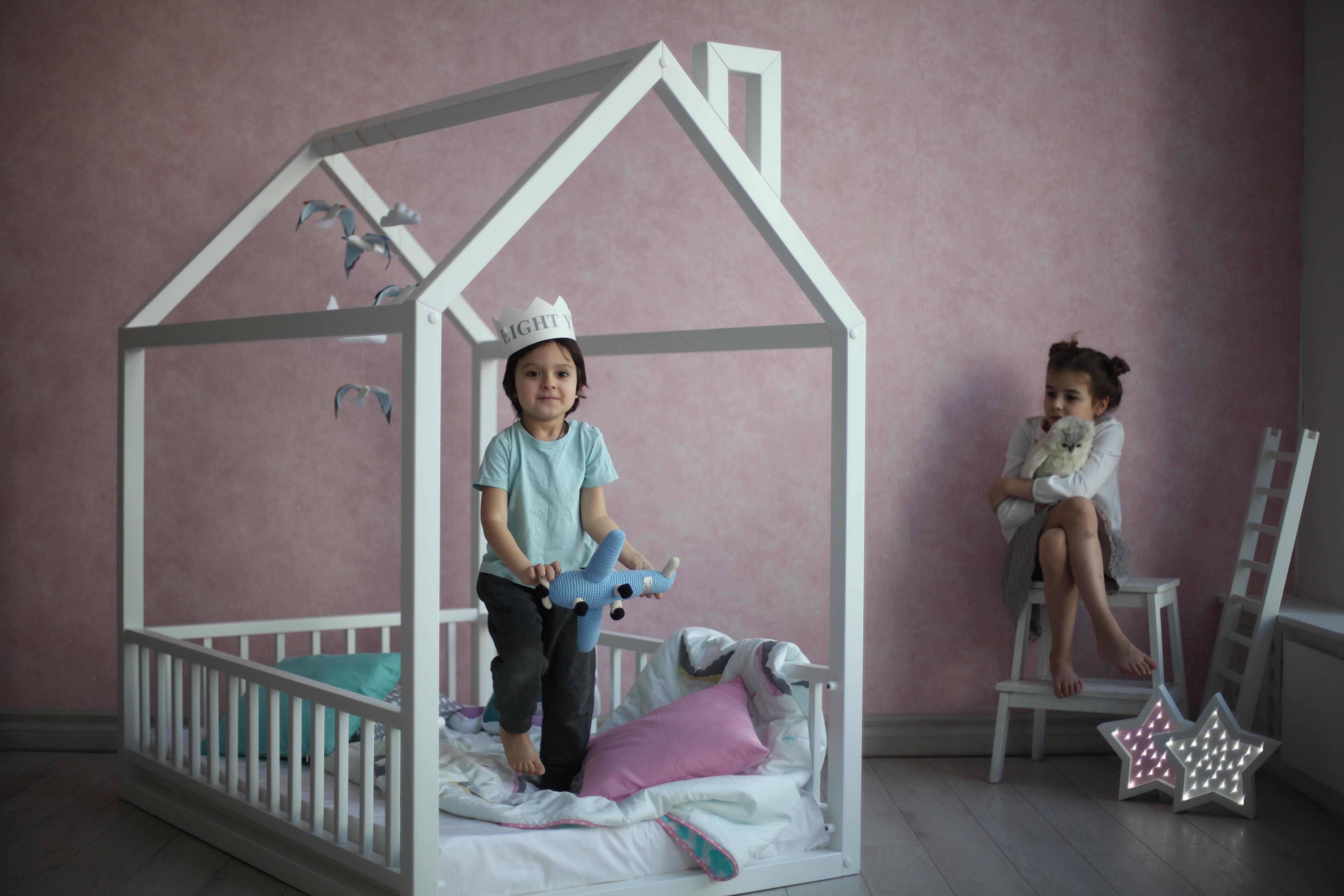 детский деревянный каркасный домик