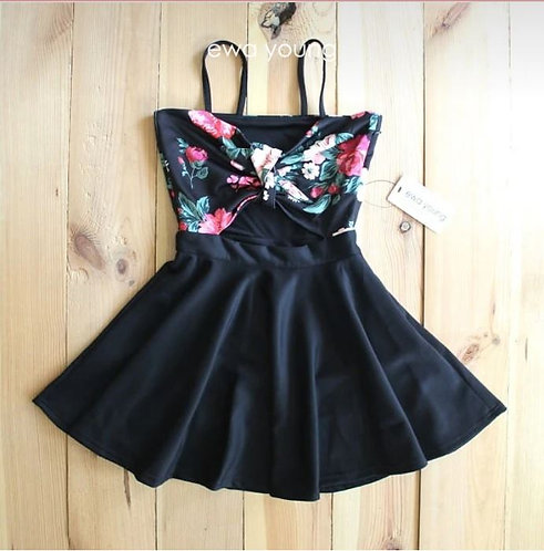 Black Floral Breeze