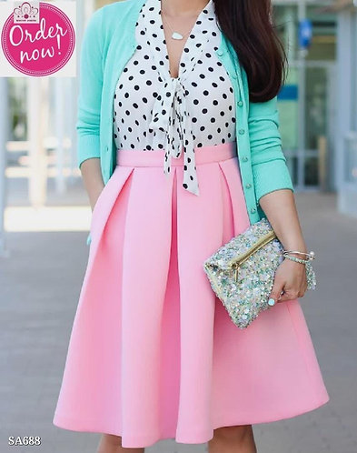 Exclusive combination of skirt and polka dot top set