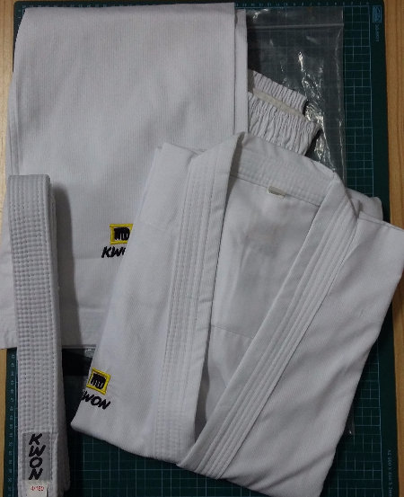 Karate uniform Kwon Competitive WKF