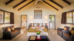 Muri-shores-bedroom