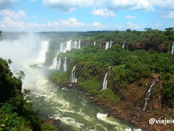 O lado brasileiro das Cataratas do Iguaçu