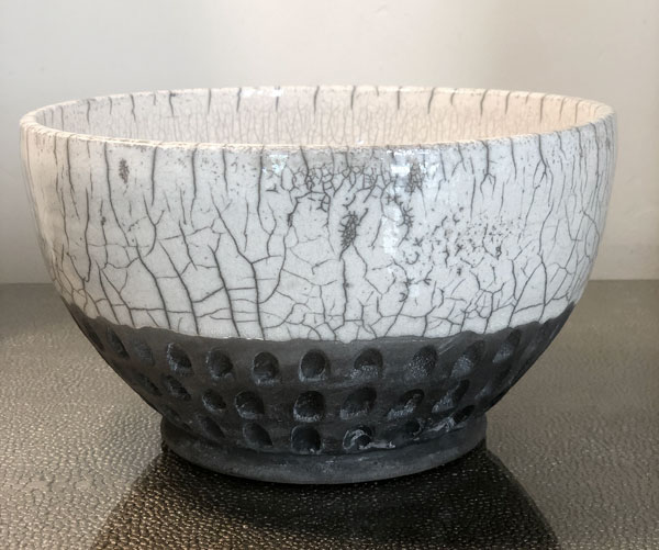 JEH_raku_bowl_sgraffito_bottom