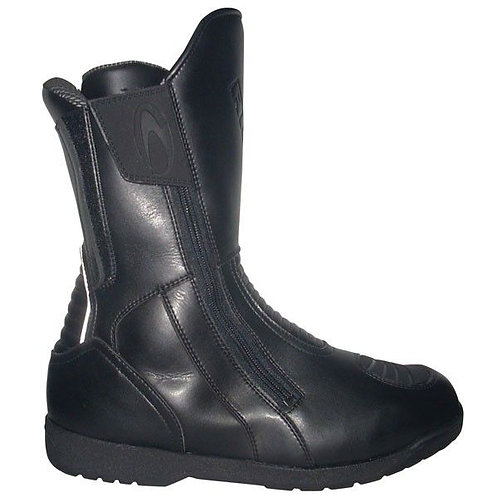 Richa Nomad Boots