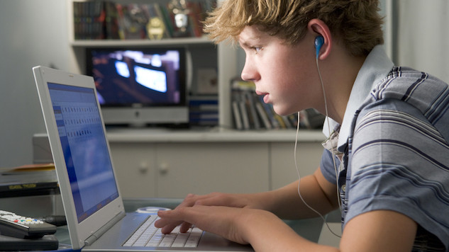 adolescente concentrado.jpg