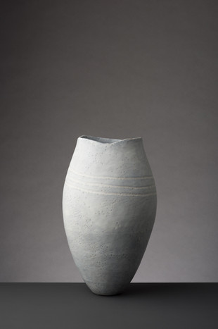 Medium Soft Grey Vessel