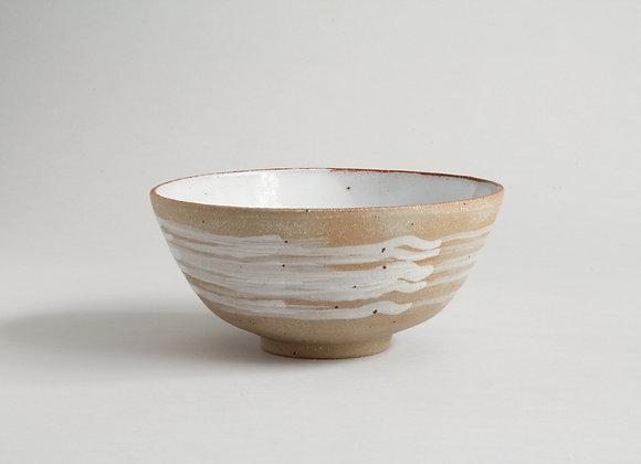Everyday bowl with brushed white slip