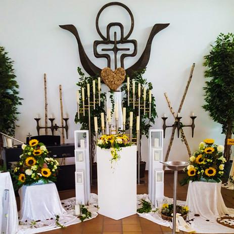 Dekoration für Bestattung
