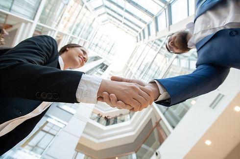 vista-inferior-socios-comerciales-exitos
