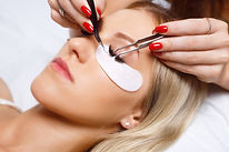 Eyelash Plucking extensions in new york