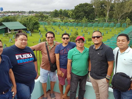 Kuya Joe A. and breeder friends visiting DWGF