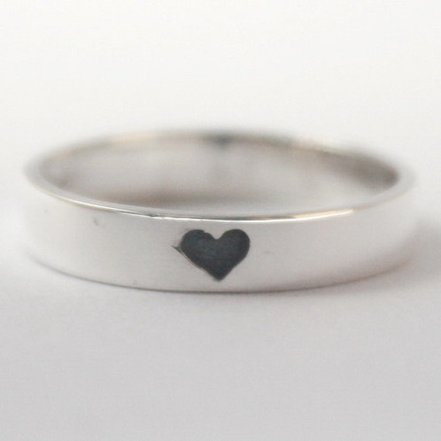 Black Heart Imprint Ring Green Beauty Natural Makeup Organic