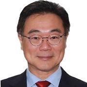Eric Tao.jpg