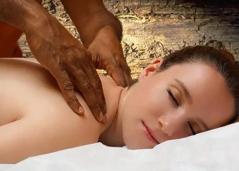 Massages indiens à l'huile de sésame bio