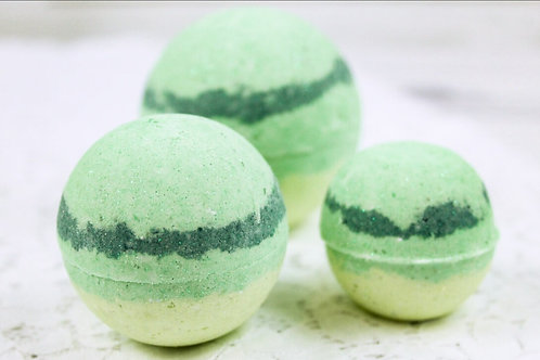 Bath Bomb- Relax - (Light Green/ Dark Green) 100 MG