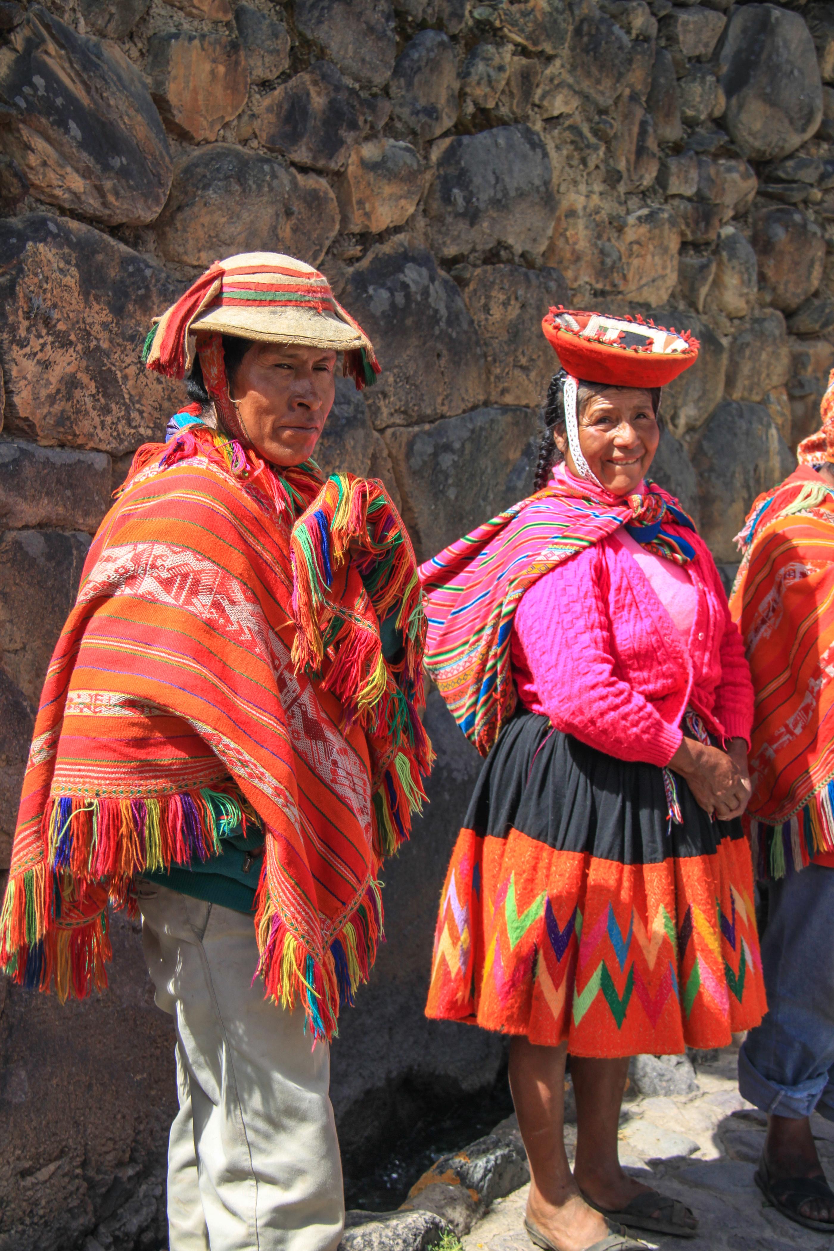 Locals at Ollyantambo