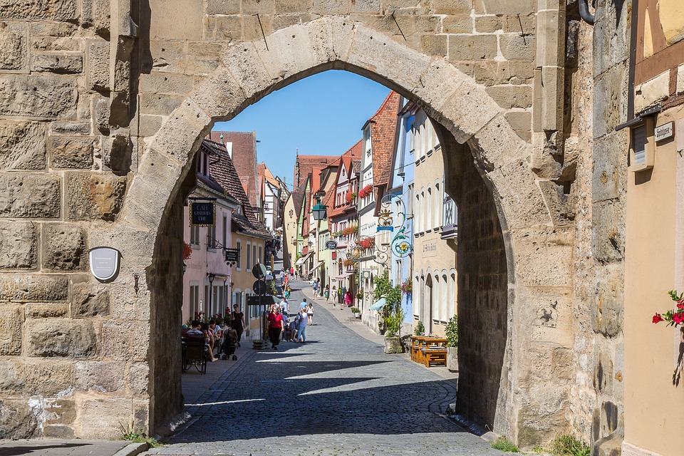 rothenburg-of-the-deaf-1624642_960_720