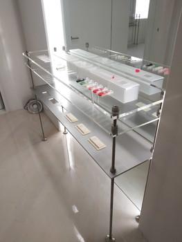 UZ Soho NYC retail visual display fabrication