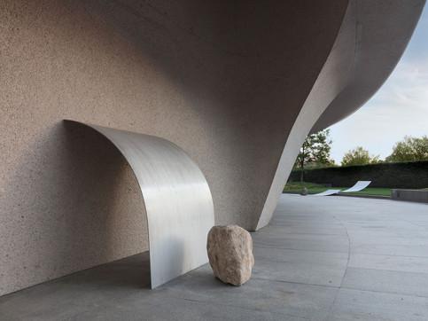 Art Fabrication Lee Ufan steel sculpture Installation at Hirshhorn Museum