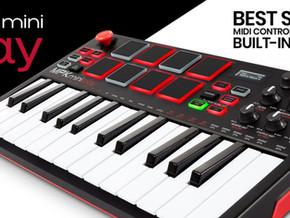 O Akai MPK Mini Play combina controle MIDI com sons incorporados.