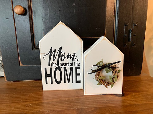 Mom, the heart of the home - House Set