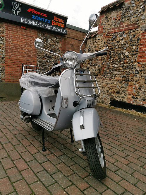 Vespa PX 125 Touring (Brand New, Un-Used, Pre-Reg, Investment!)