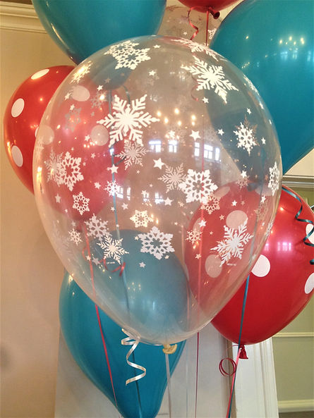 Combining stenciled Latex with solid balloons makes any arrangement more festive!
