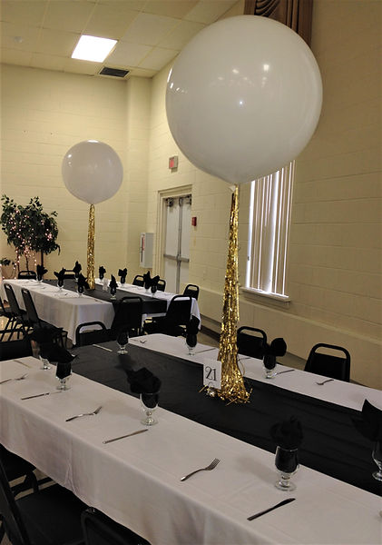 Great Gatsby themed 3' balloons!