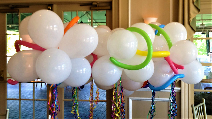 Balloon clouds, also called balloon topiaries.