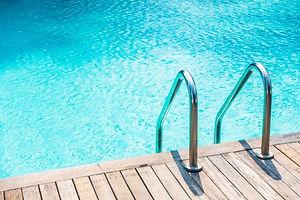ladder-home-reflection-blue-beautiful_12
