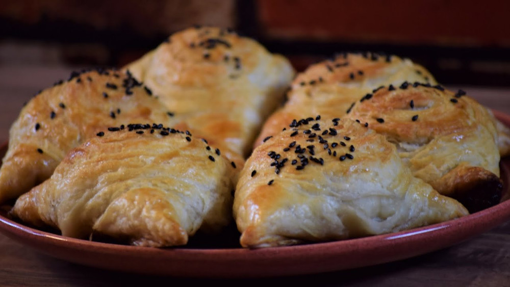 Samsa, Central Asian Foods, Central Asia Travel Agency, Central Asia Tourism Agency, Central Asia Travel and Tours