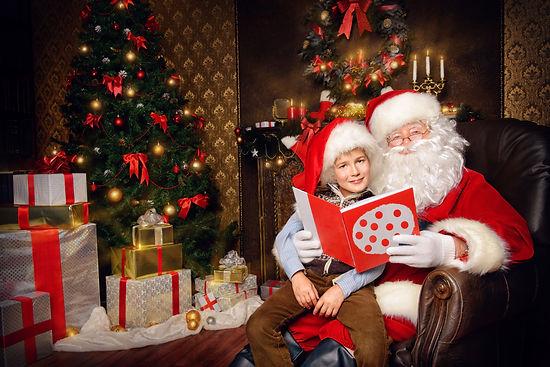 Christmas_Christmas_tree_Gifts_Santa_Cla