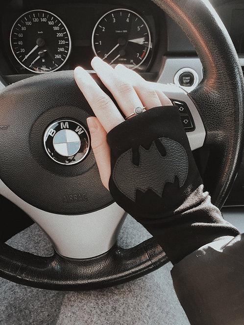 """Митенки """"Batgirl"""""""