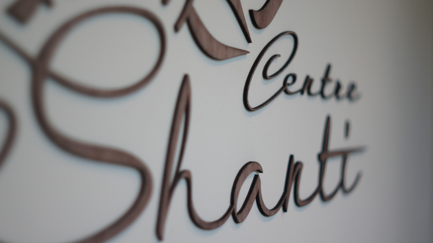 Logo Centre Om Shati