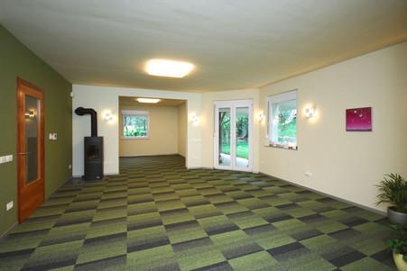 empty-room.jpg