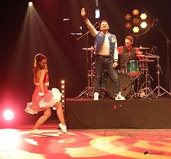 chanteur show musical nord.jpg