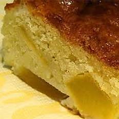 Sponge apple pie