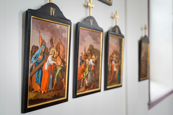 Bilder in der Kapelle