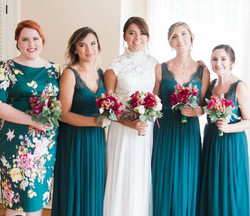 This beautiful summer bridal party!👰🍾💃💗 Hair by Nicole.jpg