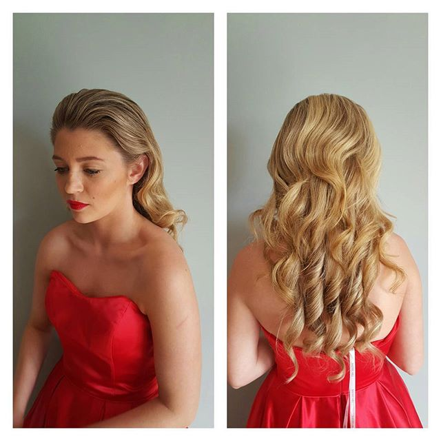 Hair by me, makeup by _makeupbyjianna kickoff to prom season!  Beautiful soft waves.jpg