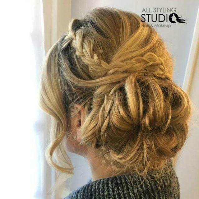 Up + up dos 💃🎀🎉hair by Nicole #updo #njsalon #njhair #allstylingstudio #hairpics #braids #braidup