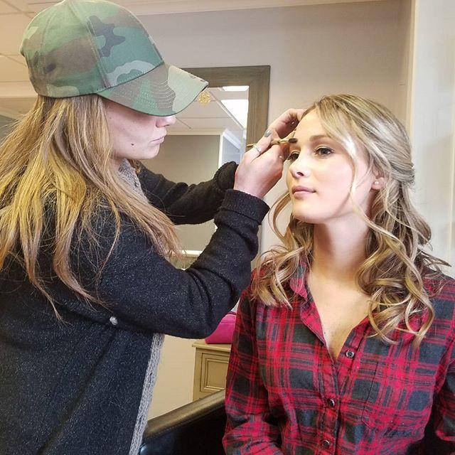 MAKEUP a c t i o n 💋 _makeupbyjianna #makeupartist #njmakeup #njsalon #bridalmakeup #denvillenj #br