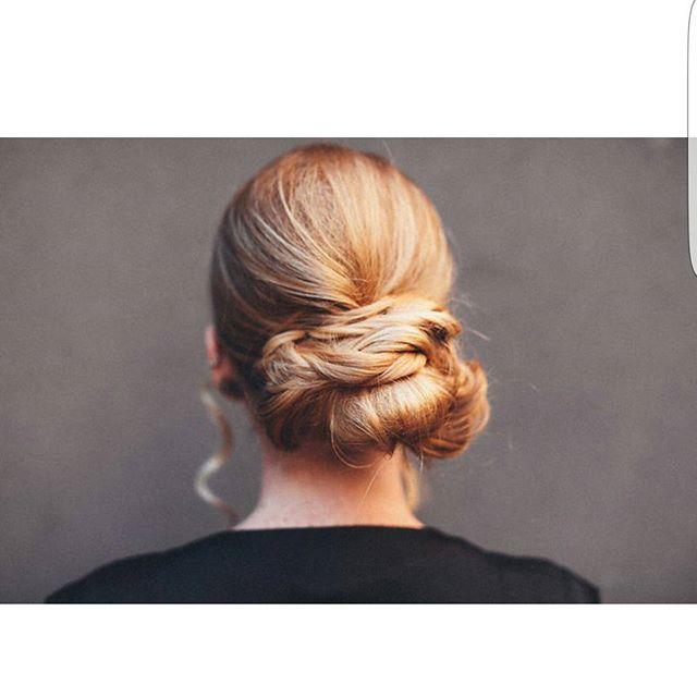 Textured bun, model  _roo_thlessblonde photographer _gloriabloisephoto 📸#njhair #hairstylist #newje
