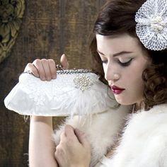 Bridal-Makeup-By-Susie-Five-Handbag-Essentials-For-Your-Wedding-Day-Handbag-Vint