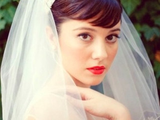 Can Brides Wear Bright Lipstick