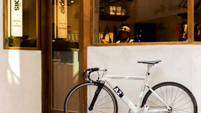 讓不懂單車的人都著迷,隱身都市裡的單車&咖啡外帶店——nabiis cycles & coffee
