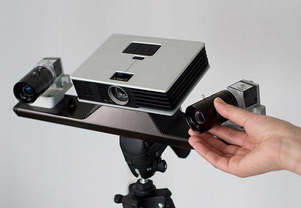 hdi-carbon-adjusting-lens.jpg