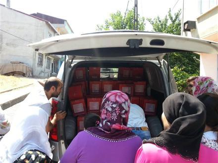 Ramazan Paketleri Dağıtımı